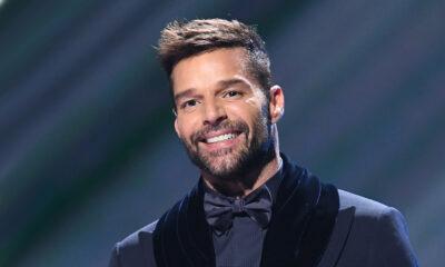 ¡Ricky Martin se quita años de encima!